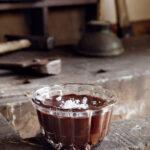 Chokladkräm med rom och flingsalt