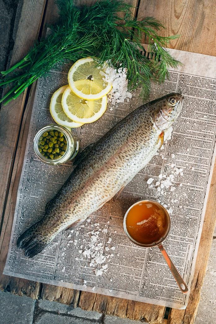 Fiskpaket på grillen