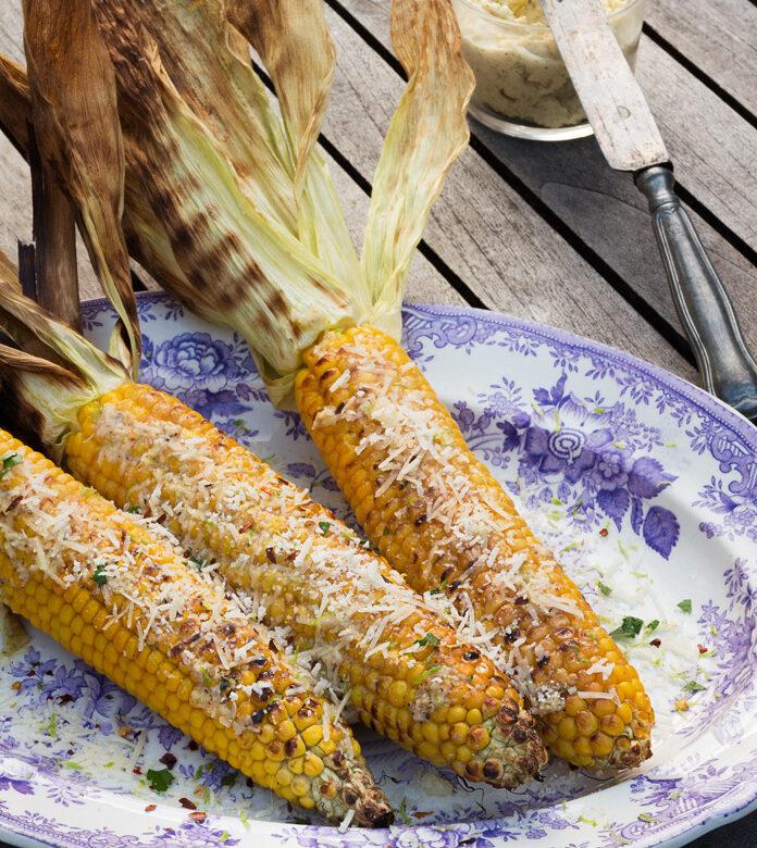 grilla rå majs