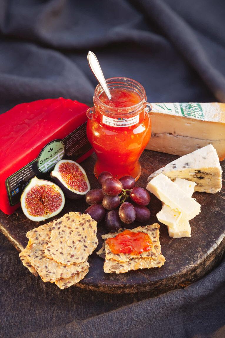 Ostbricka med ost och marmelad från Birgittas Matbod