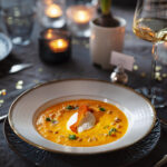 Morotssoppa med getostmousse och parmachips