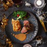 Oxfilé med potatis- och jordärtskocksbakelse och sherrysås