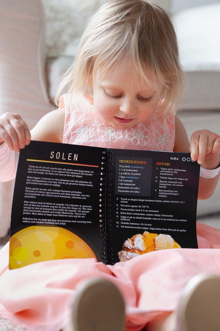 Ett solsystem av kakor UF
