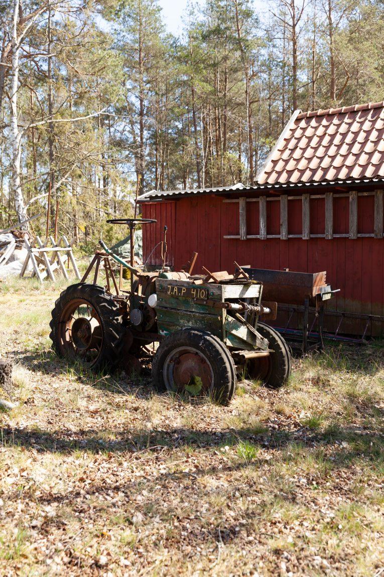 Gammal traktor