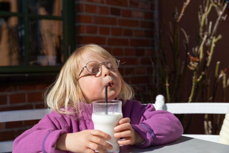 Dricka mjölk