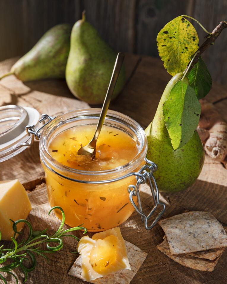 Päronmarmelad med ingefära och rosmarin